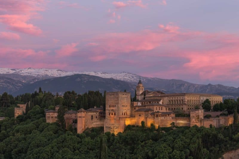 the alhambra at sunset in granada