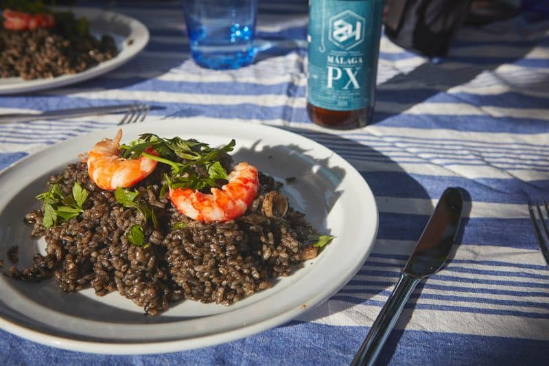 food black rice on table