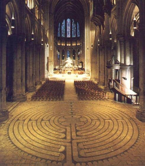 labyrinth chartres